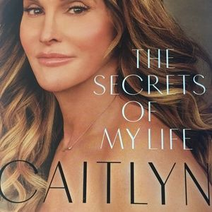 Other - 💙Caitlyn Jenner Book